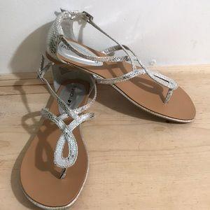 Fashion Bug women's Sandals Size 8M Color silver
